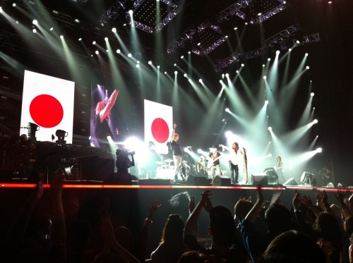 Our first arena rock concert in Japan! That would be Aerosmith playing at Tokyo Dome. Yay! Steven Tyler rocked the place, yepp. The most peculiar thing we noticed though was that when the show was over, one section at a time left the arena, the ones not called waiting for their turn. Only in Japan, only in Japan.