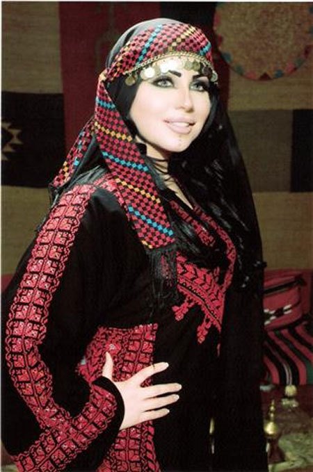 arabswagger:  Traditional Palestinian/Jordanian Clothing. Swagg