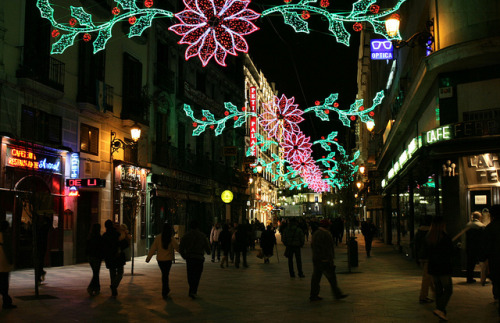 La Calle del Arenal, December by mishainmadrid on Flickr.