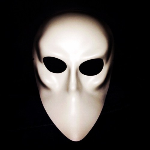 "Everyone has to wear this mask at performances of ""Sleep No More."" Very ""Eyes Wide Shut."" #photo (Taken with Instagram at Sleep No More)"