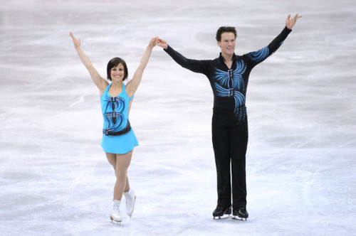 Meagan Duhamel and Craig Buntin finish their short program at the 2009 World Figure Skating  Championship.
