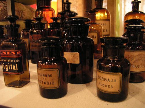 heartofwitch:  Antique Apothecary Bottles (by HiperOranz)