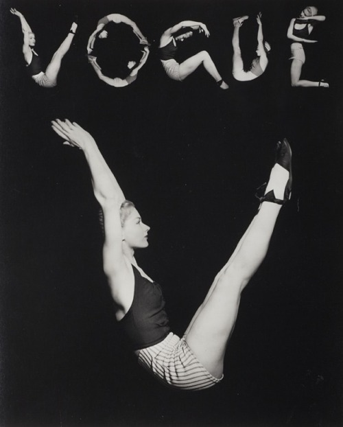 "© Horst P. Horst (aka Horst Paul Albert Bohrmann), 1940, 'V.O.G.U.E.' (Lisa Fonssagrives), New York ""I don't think photography has anything remotely to do with the brain. It has to do with eye appeal."" (Horst P. Horst)"
