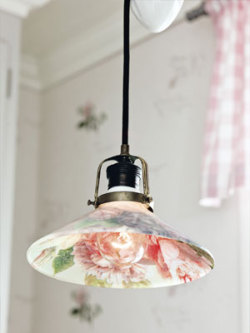 (via Cheap Craft Ideas - Inexpensive Crafts - Country Living)