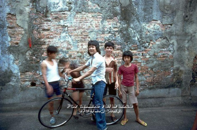 Fantastic photo series of bicycles & riders in early Singapore (via Copenhagenize.com - Bicycle Photos: Singapore)