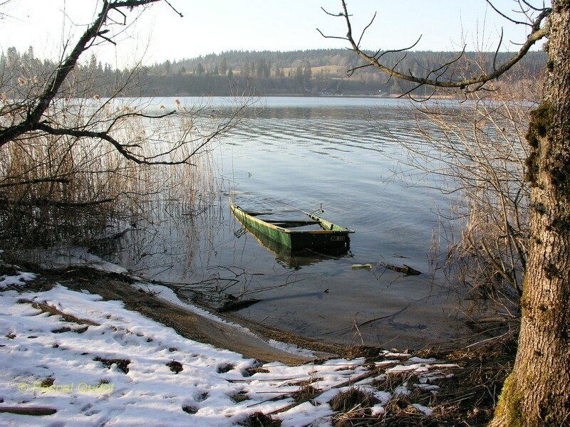 Le lac de Malbuisson (Doubs, France) en hiver. Photo personnelle http://www.flickr.com/photos/pasocalo/
