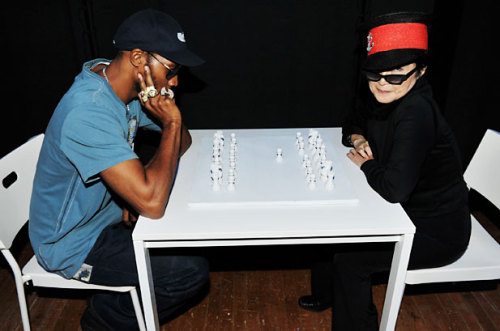 awesomepeoplehangingouttogether:  RZA and Yoko Ono