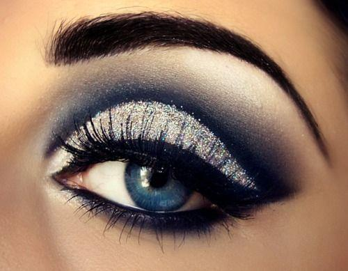 this make-up.<3 and her eyebrows are PERFECT peeerrrrr perfect!  :D i saw my eyebrows in sunlight today wanted to die