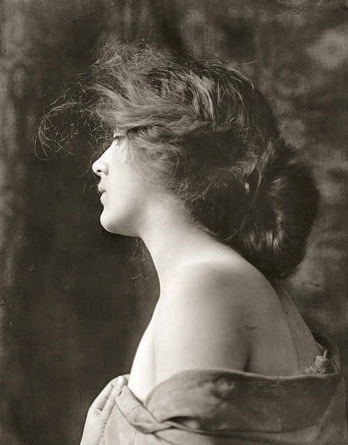 soyouthinkyoucansee:   Soyouthinkyoucansee Evelyn Nesbitt