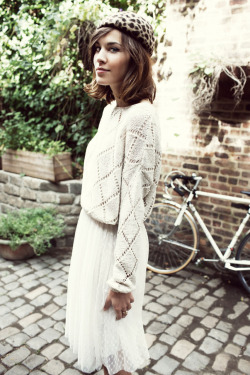 pinmywings:  Alexa Chung for Veromoda, Spring 2012  I have such a crush on her.