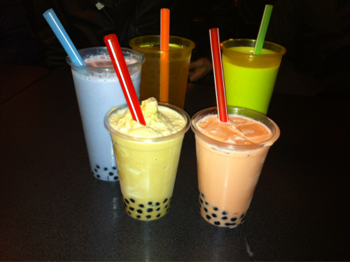 Bubble Tea, last night hanging out with the waterlooo kids :)  left to right: taro milk tea, lychee green tea, yin yang milk slush, green apple milk tea, and amazing strawberry-peach milk black tea. (it was frikken.. amazing)