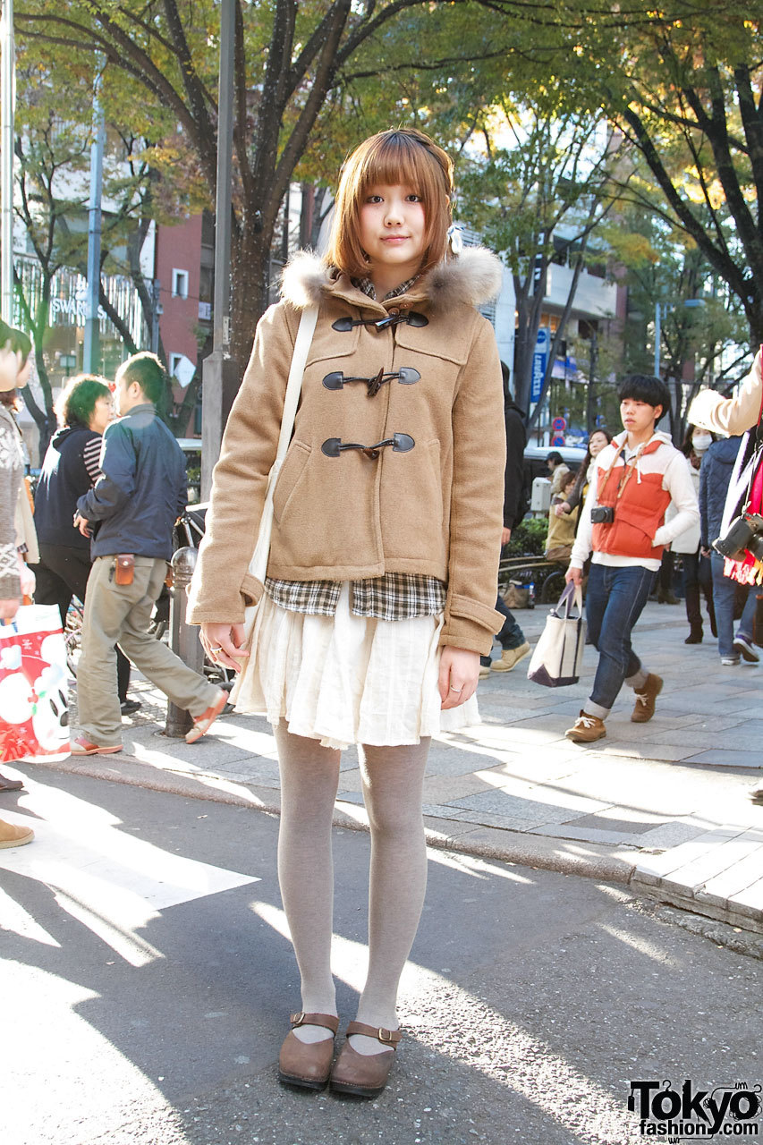 20-year-old Japanese college student wearing Lowrys Farm in Harajuku.