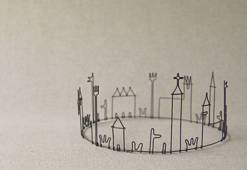 Mini Town On A Wire @ Lushlee