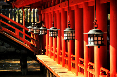 westeastsouthnorth:  Itsukushima Shrine, Miyajima, Japan