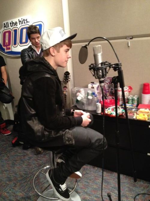 Justin Bieber stopped by the Q100 studios for an interview today!