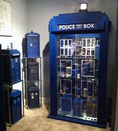doctorlongscarf:  #DoctorWho The only place you could find a larger collection of TARDIS'es is on Gallifrey.  It's so beautiful.