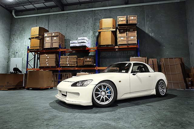 disimba:  steezistanced:  Vyet's S2000 TLDxCanibeat Feature by Jordan Donnelly on Flickr.  A guy I'm chill with just got an S2K but a soft top, still clean though just a black and white color scheme.