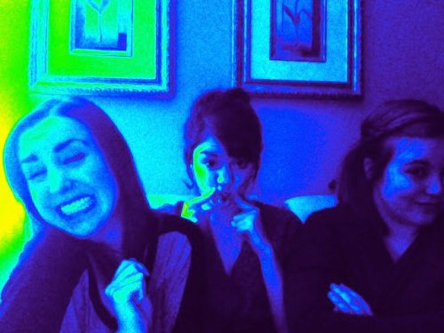 The Three amigos. Kels, Alicia ( @AliciaFranc ) , and me I adore my friends. I have 6 best friends and they are all different in their own fantastic ways. Looking through my pictures reminds me of how fortunate I am to have these ladies.. and gentleman in my life. I say best friends, because I take friendship and loyalty so seriously. It's the way I was raised I suppose. I would do anything for these people in a heart beat. And no matter what happens I always have an ear. Lucky girl over here