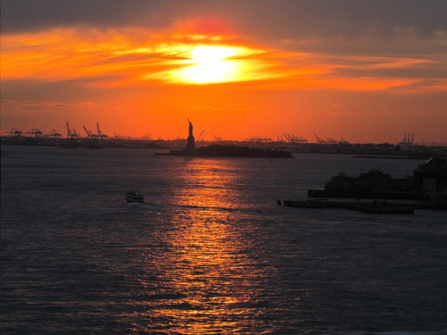 Sunset from Brooklyn Bridge on Flickr.
