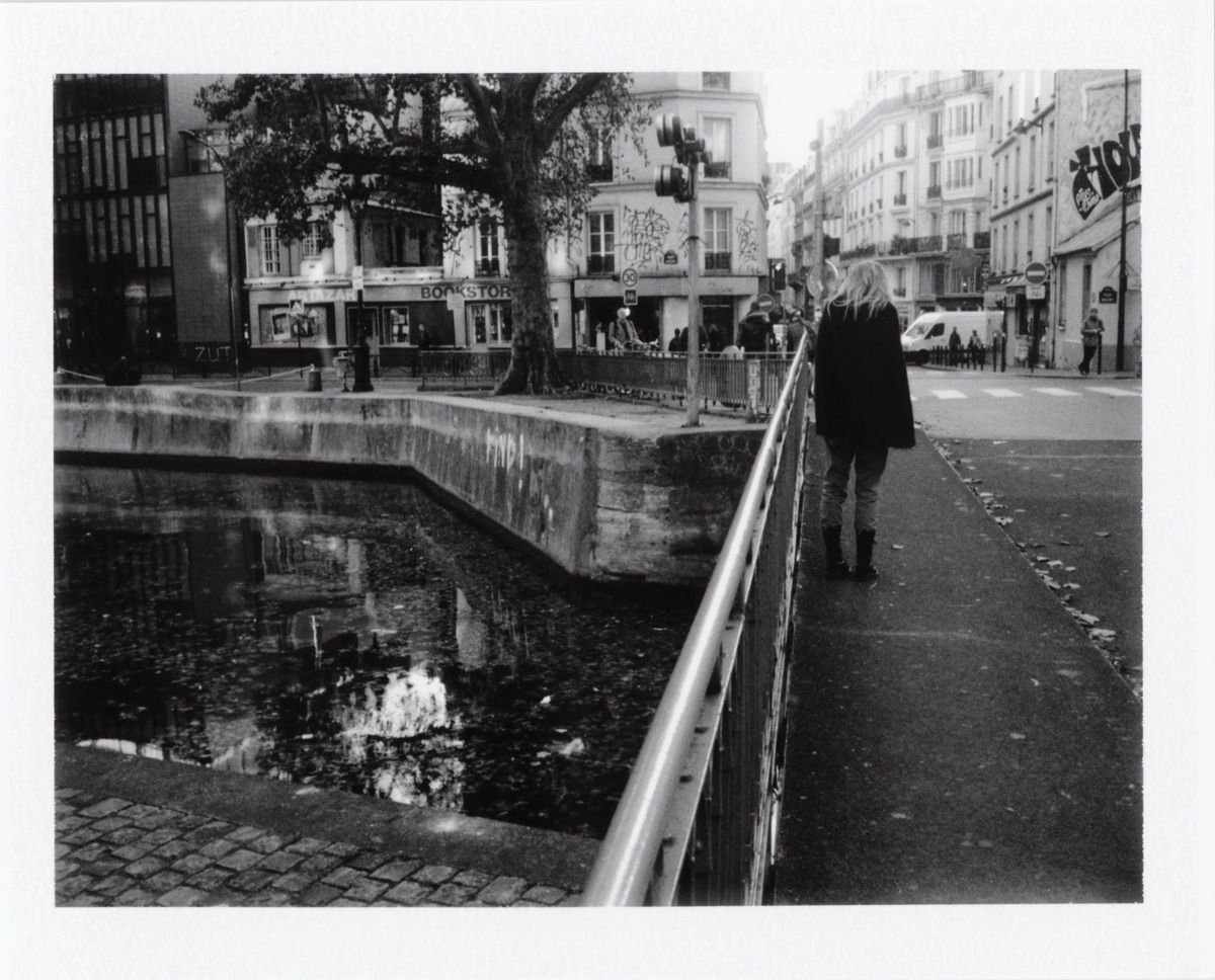 Shades of the very moment / by the bridge. Paris, october 2O11. ©Boris Loeve