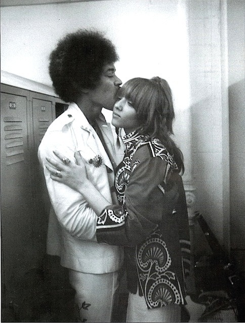 theswinginsixties:  Jimi Hendrix with Jeanette Jacobs