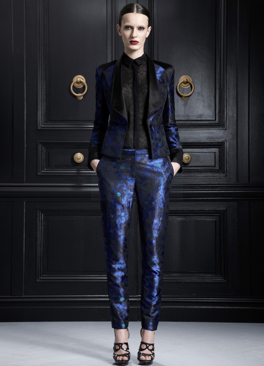 We love this look from Jason Wu pre-Fall. The colors are perfection.