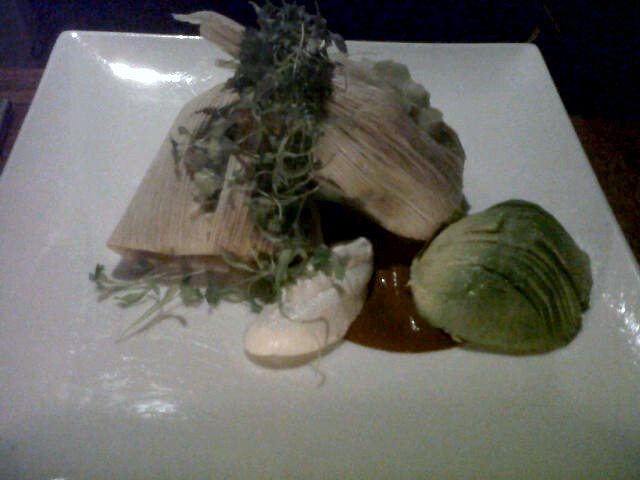 Dinner at Pure Food & Wine Last night: my faves: Sweet Corn and Cashew Tamales with Chili Spiced Portabella, and of COURSE, the Mint Sundae.  The pics don't come close to doing it justice.  Divine.