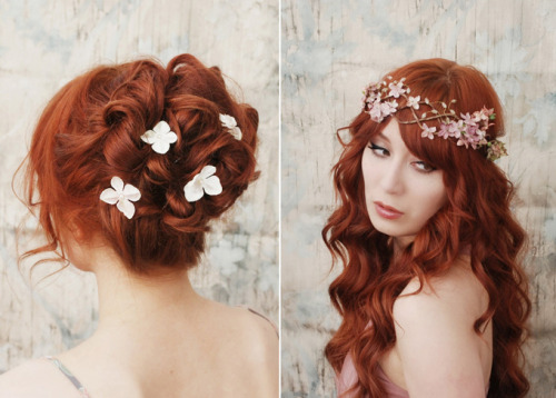 Floral hair accessories? Yes please!