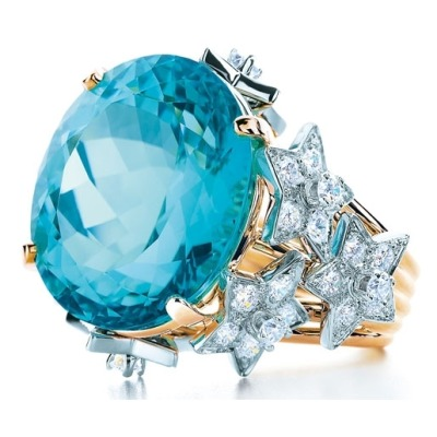 Sharing a little holiday bling from Tiffany & Co. 16.96 Blue Tourmaline and diamonds in 18kt gold and platinum. geezuz
