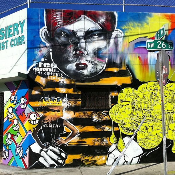 Great piece by Anthony Lister (with Pez) on left in Wynwood Arts District for Art Basel.  #AnthonyLister #Lister #streetart #graffiti #miami #artbasel #art #warholian #mural #Pez  (Taken with instagram)