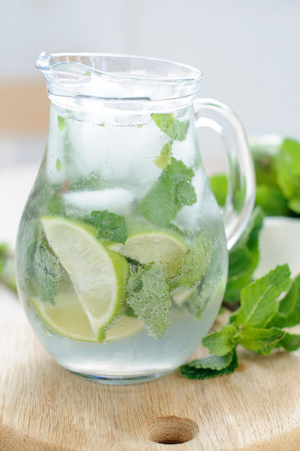 drink with lime and mint by unaphotographista on Flickr.