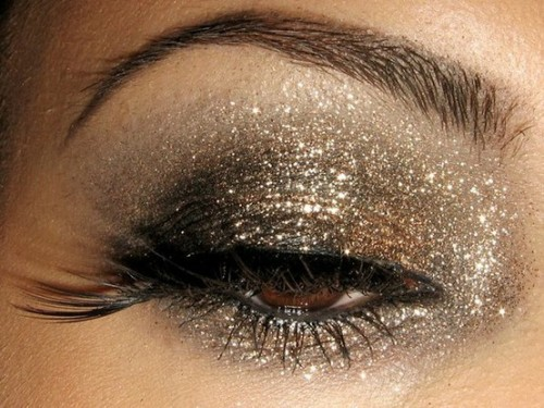 (via Clothes, Hair   Makeup / SPARKLE!!!)