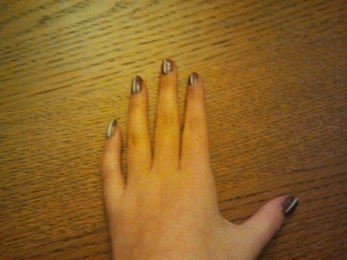 Striped nails, brown with a white stripe, I like it!