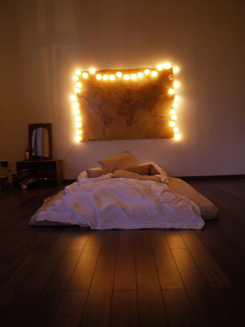 thesummernights:  doing the map and fairy lights in my room