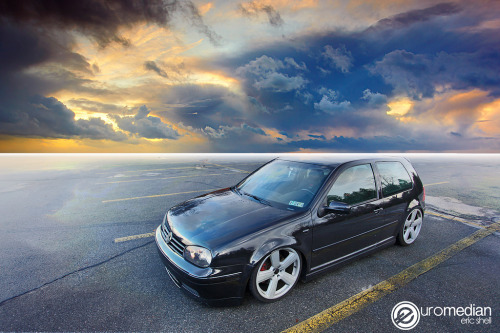 stancedesign:  The horizon ate the roof of the car.  :(