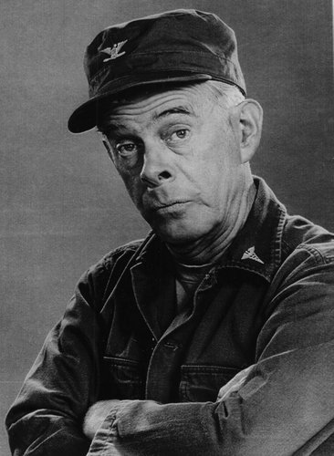 laughingsquid:  Harry Morgan, 'M*A*S*H' and 'Dragnet' Actor, Dies at 96