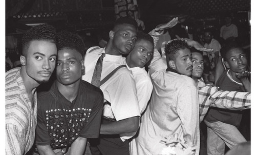 "Photo Chantal Régnault, ""Voguing and the house ballroom scene of New York City 1989-92"""