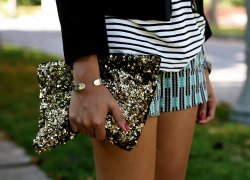 Everything about this is adorable.  Sparkles for days.