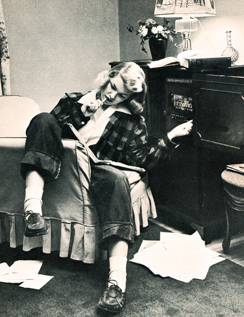 vintagegal: Teenage life in 1947