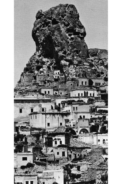 betonbabe:  ARCHITECTURE WITHOUT ARCHITECTS IN GÖREME, TURKEY …reminds me of the wohnberg project