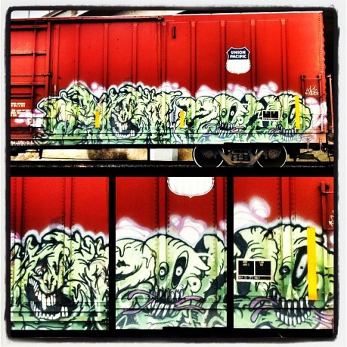 Trains 166 #FR8HEAVEN #GRAFFITI  (Taken with instagram)