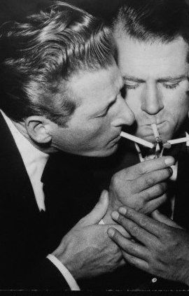 "oldloves:  Danny Kaye & Laurence Oliver There are persistent rumors that Kaye was either homosexual or bisexual, and some sources claim that Kaye and Laurence Olivier had a ten-year relationship in the 1950s while Olivier was still married to Vivien Leigh.[72] A biography of Leigh states that the alleged relationship caused her to have a breakdown.[73] The alleged relationship has been denied by Olivier's official biographer, Terry Coleman.[74] Joan Plowright, Olivier's widow, has dealt with the matter in different ways on different occasions: she deflected the question (but alluded to Olivier's ""demons"") in a BBC interview [75]. However, in her memoirs Plowright denies that there had been an affair between the two men.[76]Producer Perry Lafferty reported: ""People would ask me, 'Is he gay? Is he gay?' I never saw anything to substantiate that in all the time I was with him.""[53] Kaye's final girlfriend, Marlene Sorosky, reported that he told her, ""I've never had a homosexual experience in my life. I've never had any kind of gay relationship. I've had opportunities, but I never did anything about them.""[53] (.) (Sidenote: Danny Kaye's Wikipedia  is an excellent read, at the very least so you can know about the special stove he installed on his patio to pursue his love of chinese cookery)"