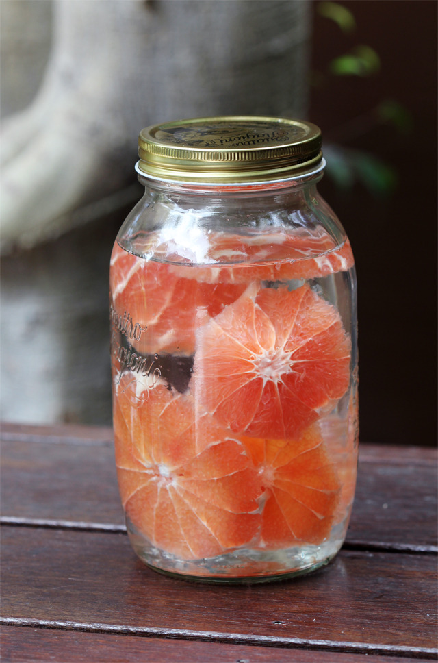 White rum infused with bright, fragrant pink grapefruit.