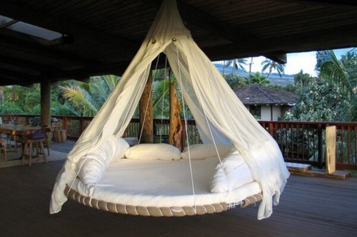 island-tropicss:  calm-er:  Need this bed  hey guys so i have just been chosen to be in t-ropicalkai and ma-ngo-kai's joint botw!! can you please please please vote for me (island-tropicss) here and message me the vote number here for any promo or anything you would like :) thank you xoxo