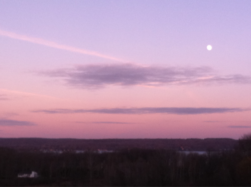 Sunset/Moonrise Over #ChautauquaLakeNY Photo: December 8, 2011.  Karen Glossers