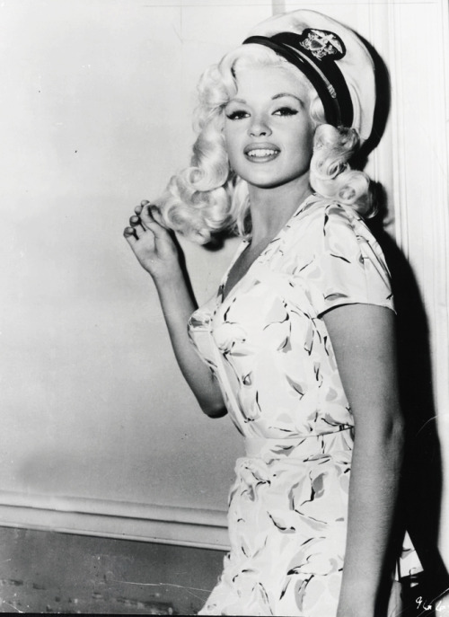classiquehollywood:  vintagegal: Jayne Mansfield in Kiss Them For Me (1957)