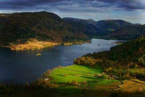positivelynoteworthy:  Ullswater (via ??M J Turner Photography ??)