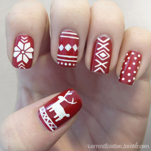 My go at Christmas nails. Glad I'm only putting up my left hand