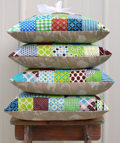redpepperquilts:  Set of four Patchwork Pillows