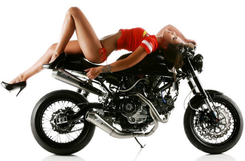 thesuncoastclassiclifestyle:  Ducati Girl of the Day